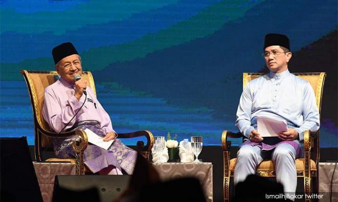 败选勿借机挑战领导层,阿兹敏吁希盟续挺马哈迪