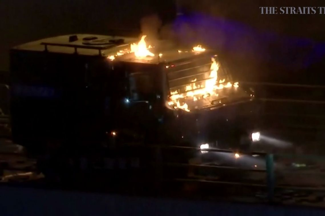 Hong Kong police fire three live shots at protesters in Tsim Sha Tsui; no one hit