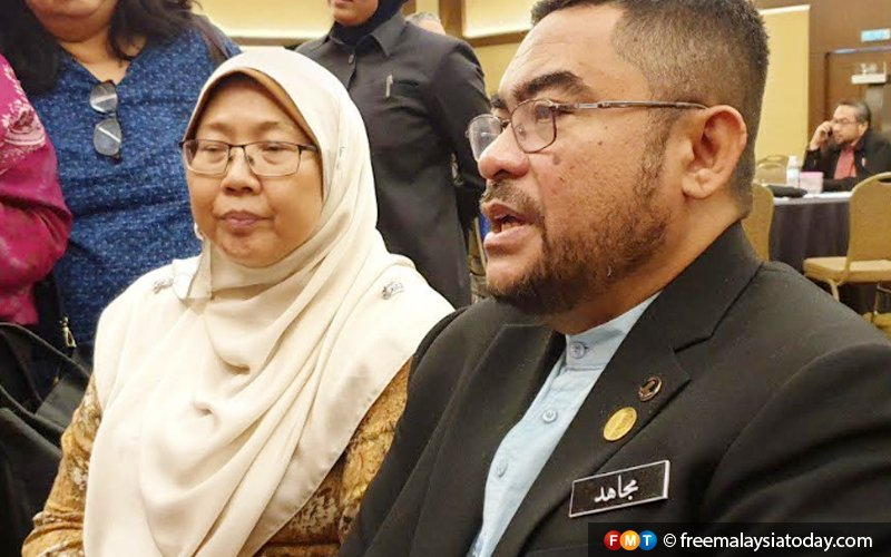 Malay rulers can impose ban on child marriages, says Mujahid