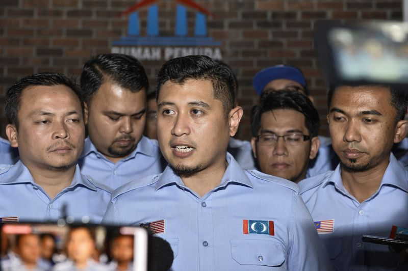PKR Youth leader tells party to sack Hilman Idham for insisting Azmin open wing's event