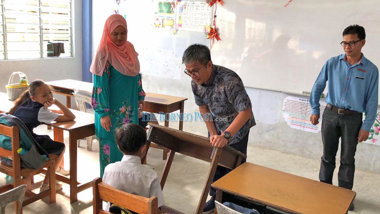 RM726,240 for new furniture in 6 schools in Nangka constituency
