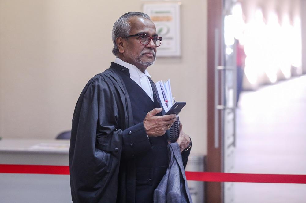 Court grants temporary return of Shafee's passport