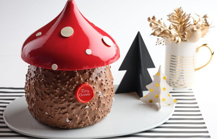 Where to get log cakes for your Christmas party in 2019