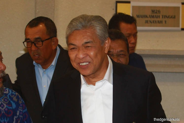 Zahid Hamidi ordered withdrawal of RM17.9 mil, says witness