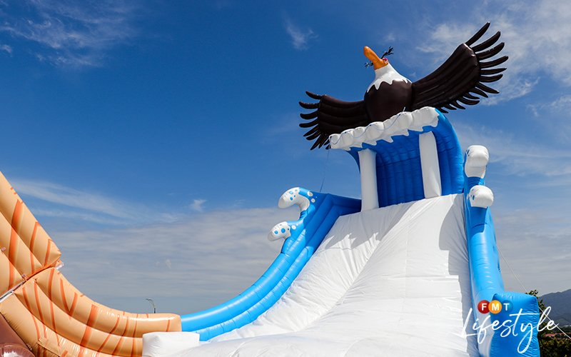 Win tickets to the world's first Angry Birds Splash Water World