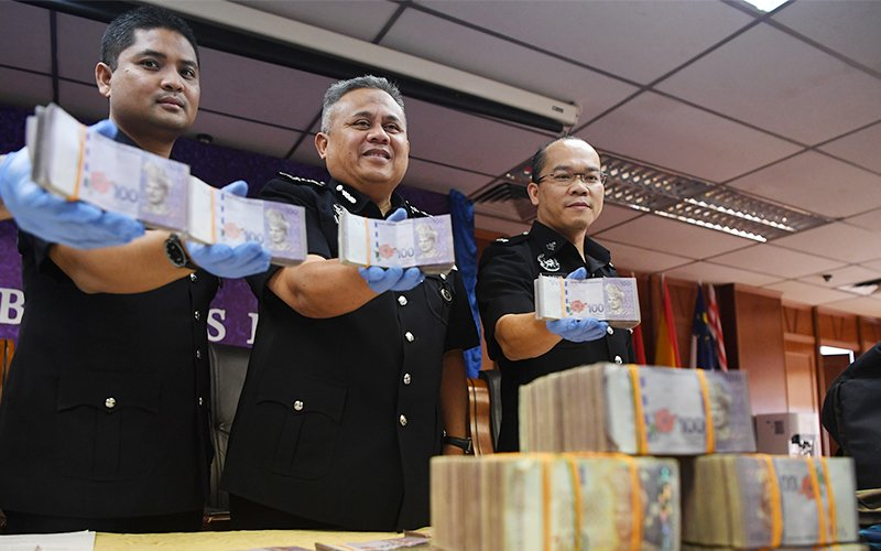 2 security guards jailed 12 months for stealing RM600,000