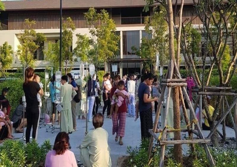 Not a drill: Earthquake empties Thai hospital