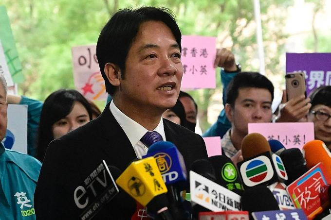 China warns Taiwan that seeking independence will mean 'disaster'