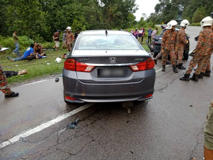 3 killed, five injured in two-vehicle collision in Mersing