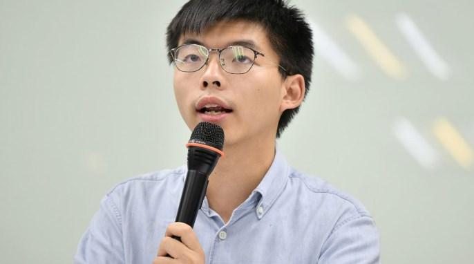 泛民主派选举大胜 黄之锋:从地区开始夺回香港