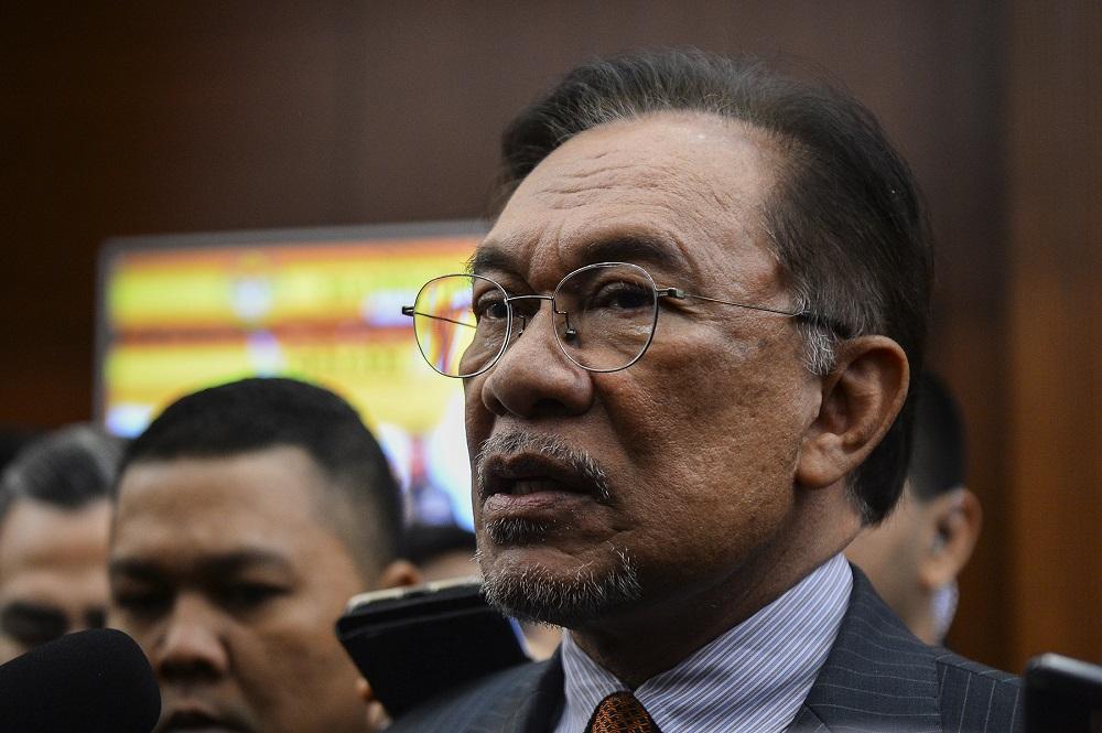 Anwar to meet Melaka PKR reps whose absence led to defeat of ruling govt's motion