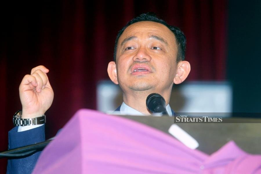 Maszlee: Education Ministry staff in high demand