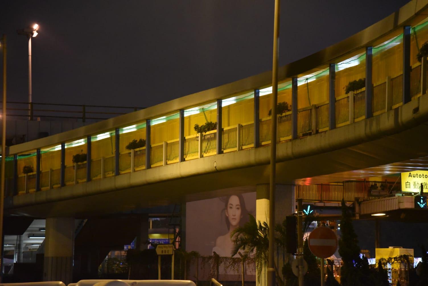 工人行人天桥加胶板 路政署:畅运道天桥开通需视乎实际情况
