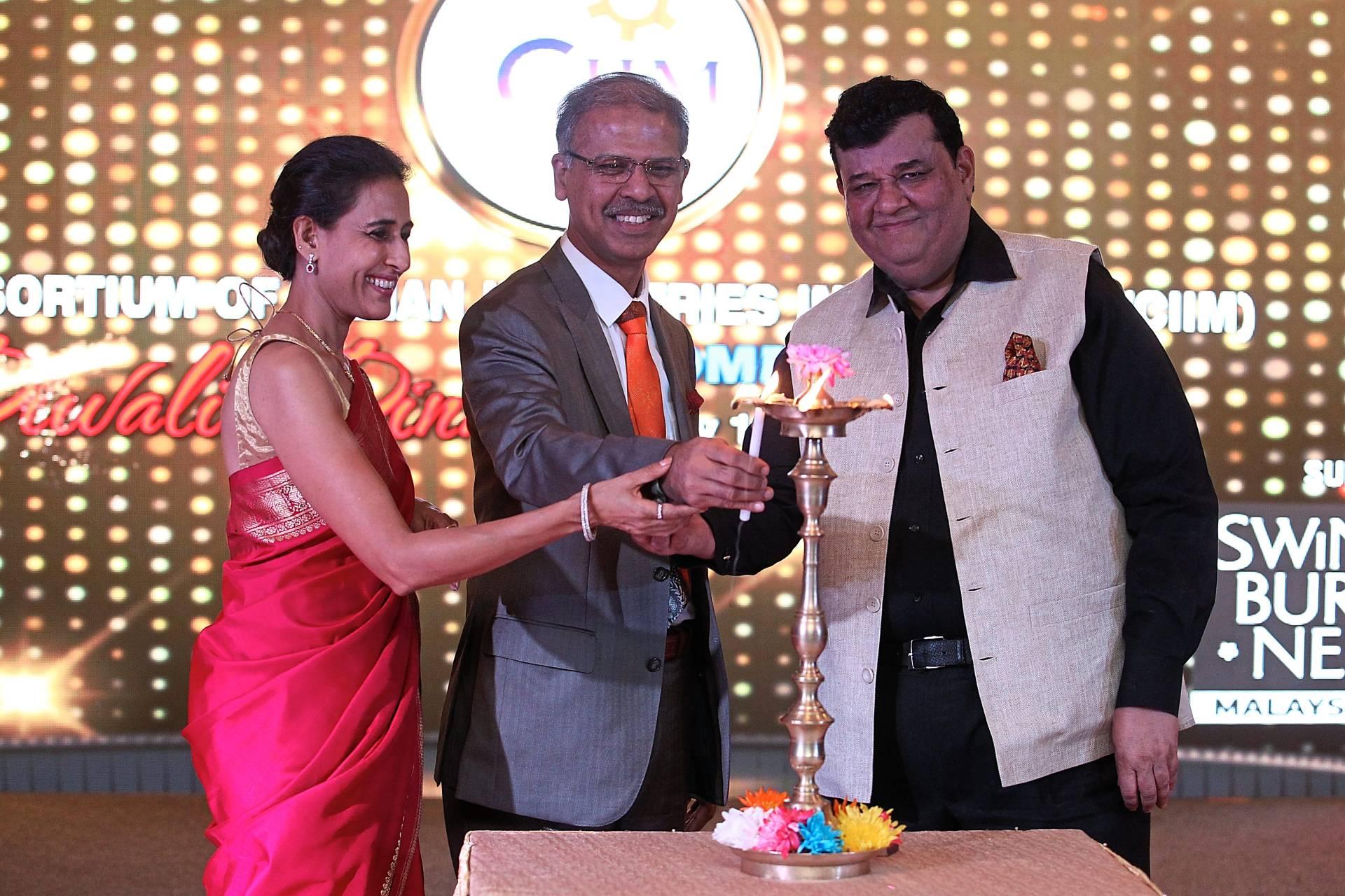 Indian merchants network at festive get-together
