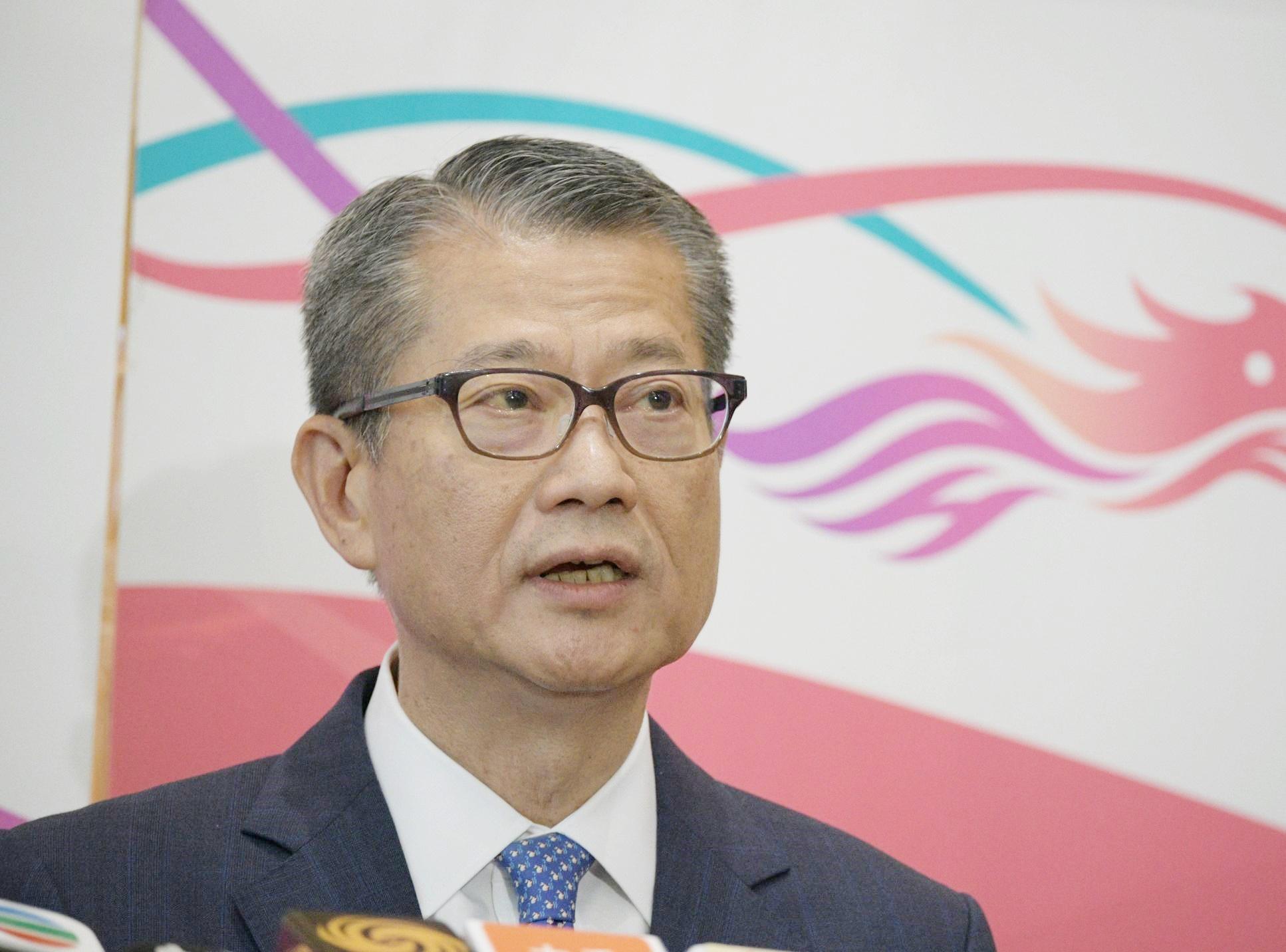 欢迎财政部连续3年在港发行美元国债 陈茂波:助推动香港债券市场发展