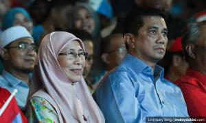 Decided: Azmin to officiate Women's congress, Wan Azizah for Youth wing