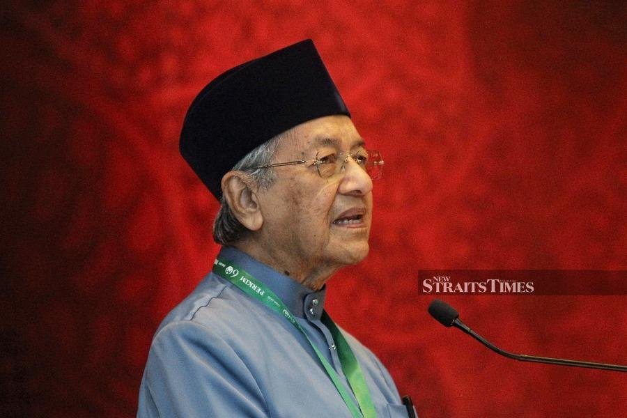 Dr M: Give PH govt five years to implement pledges