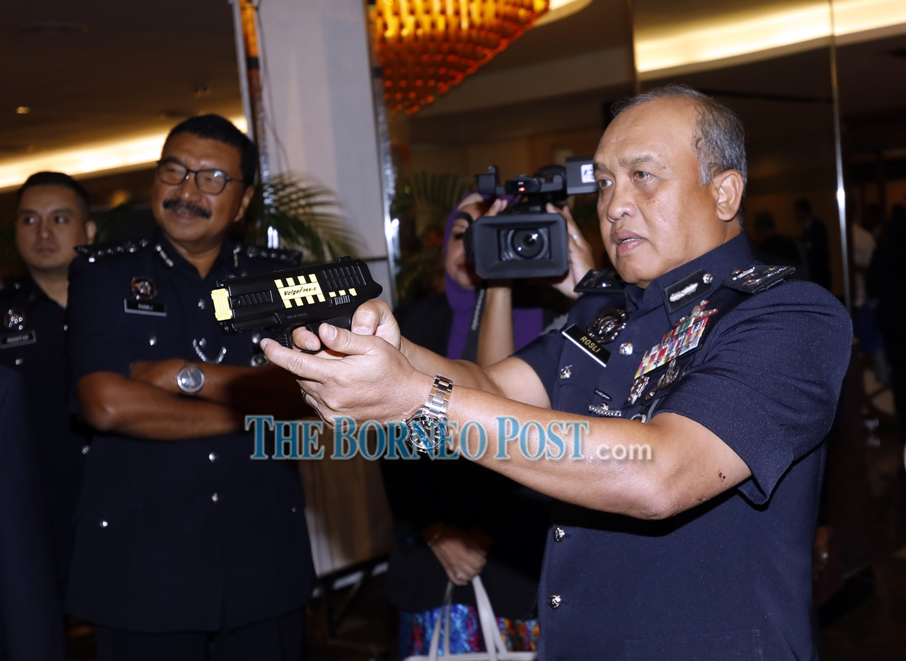 Rosli: 75 agencies, companies yet to register their auxiliary police units as Mapa members