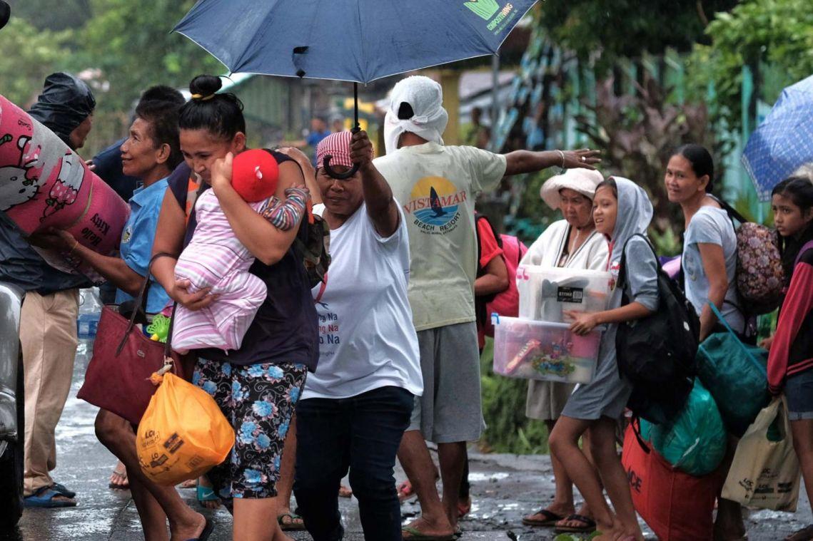 Typhoon Kammuri hits Philippines, disrupting travel, work