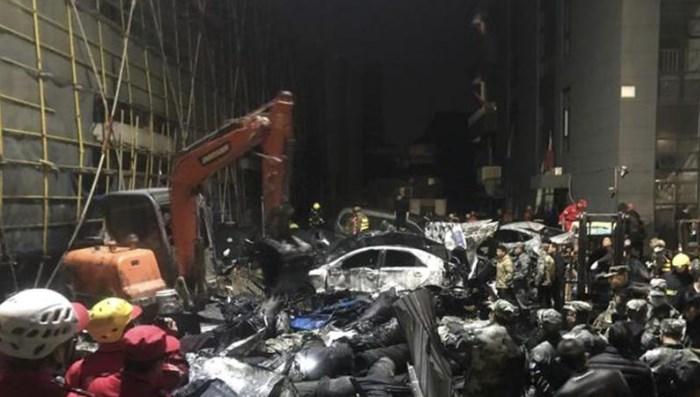 浙江海宁一印染公司发生污水罐体坍塌事故 造成七人死亡