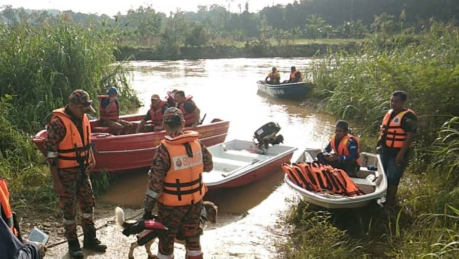 K9 unit and divers join SAR for missing girl at Sungai Lipis