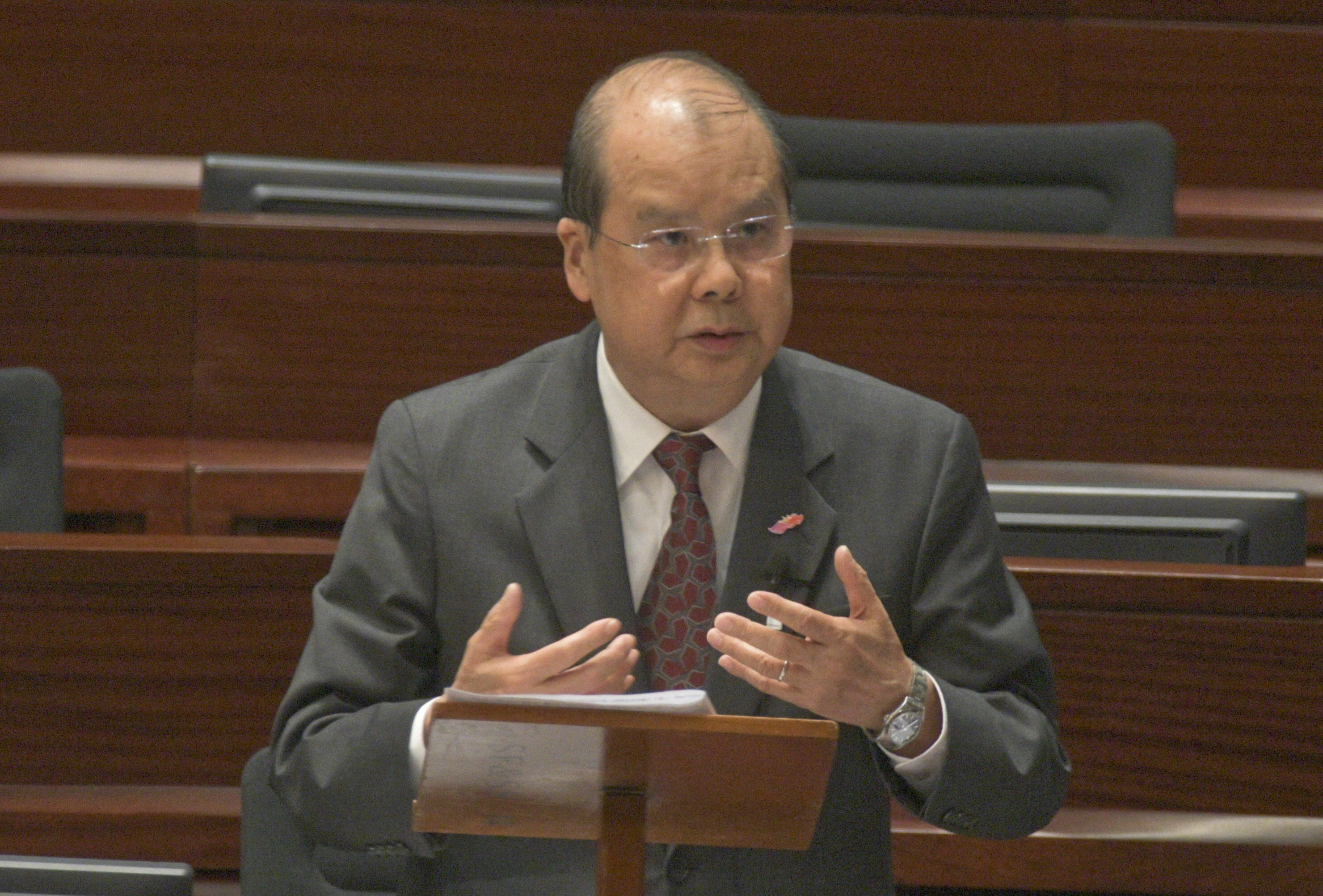 当局动议潘兆初出任高院首席法官 岑耀信委任终院非常任法官