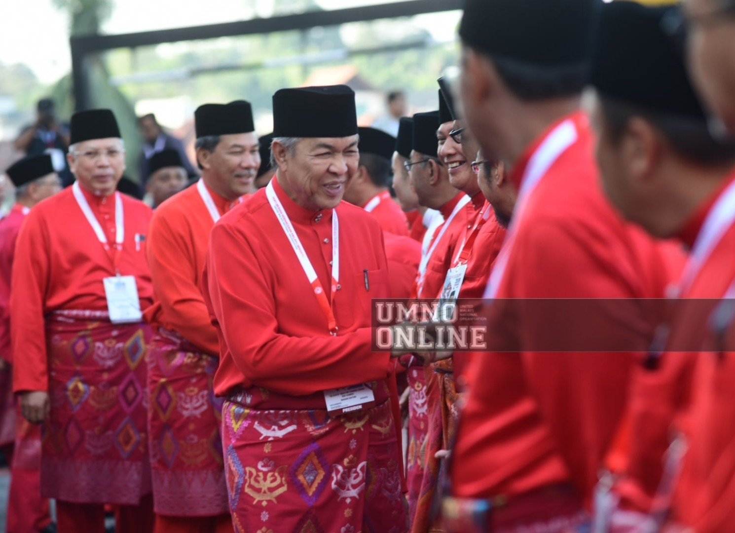 Umno will not join the government