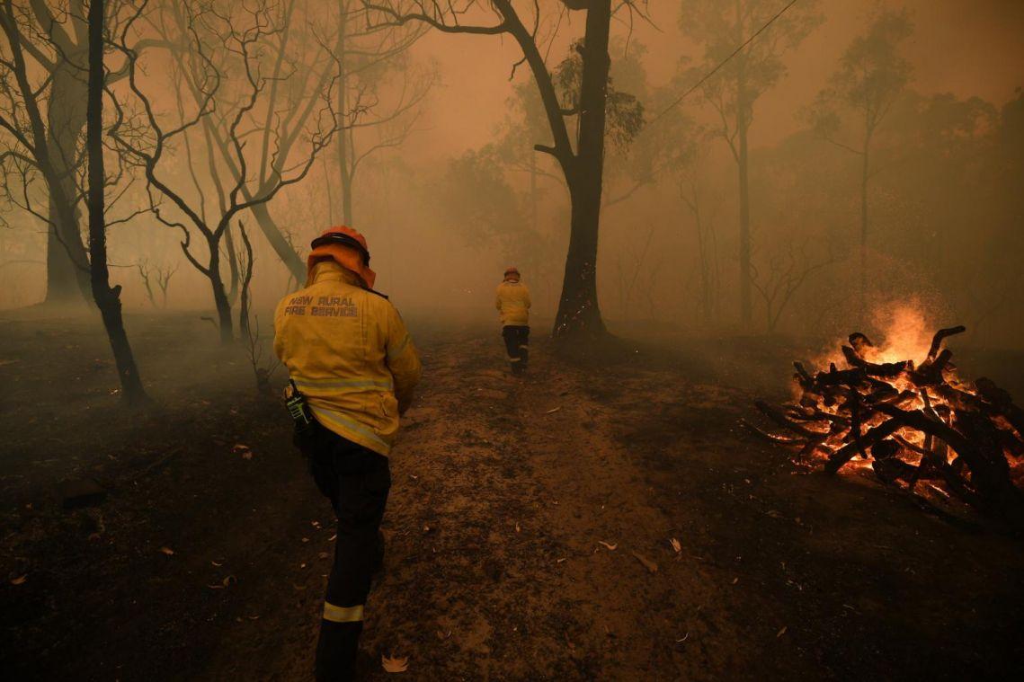 3 giant bush fires merge into 1 mega-blaze north of Sydney as conditions worsen in Australia