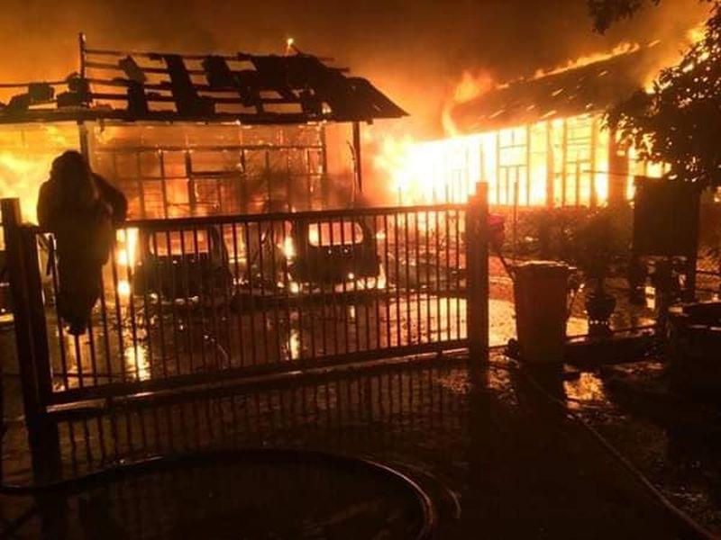 Pre-dawn fire kills three family members in Klang