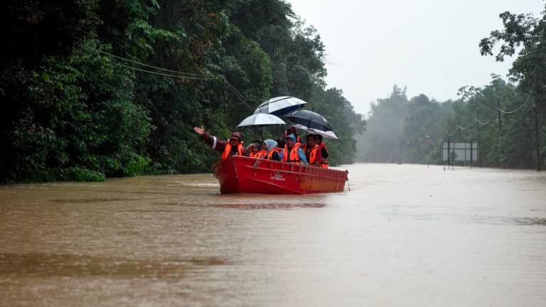 Lawas flood victims stays at 93 people