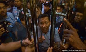 Scuffles and arrests at PKR Youth meet, and 9 news from yesterday