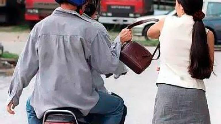 RM40,000 salary gone in a snatch theft