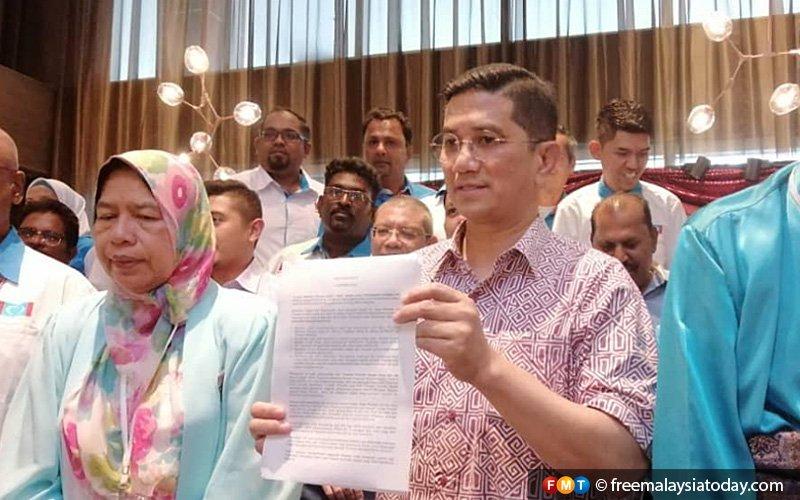 Anwar's broken promise led to PKR congress exodus, says Azmin