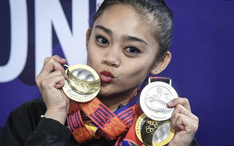 'Robbed' of two golds, gymnastics chief cries foul over unfair judging