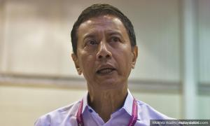 EC chief: I did not discuss Rafizi's case with AG