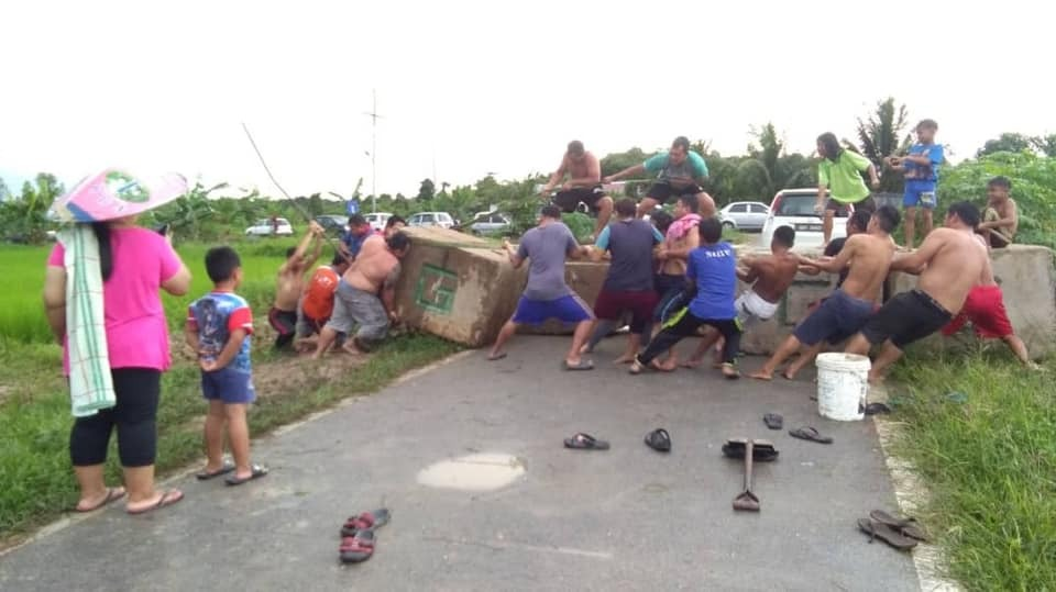 Rumah Jalak folk's 'initiative' to remove concrete blocks stopped by longhouse chief