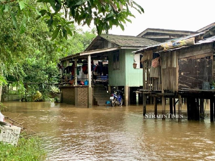 Residents in Kelantan told to brace for 2nd wave of floods