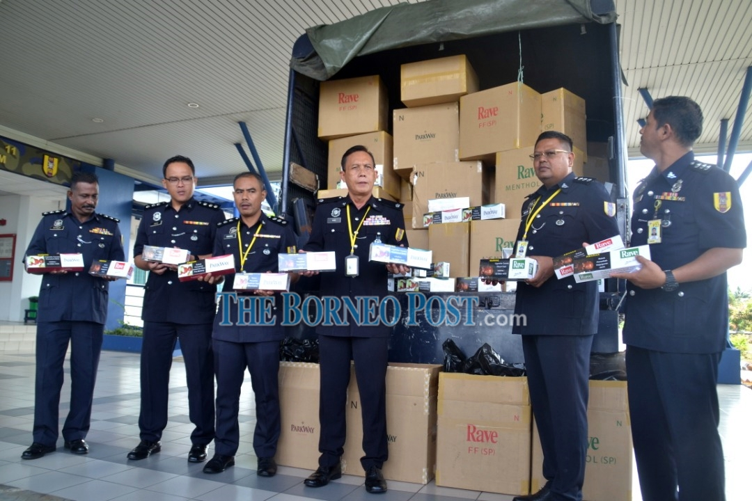 GOF seizes contraband cigarettes worth over RM1 mln from warehouse in Batu Kitang