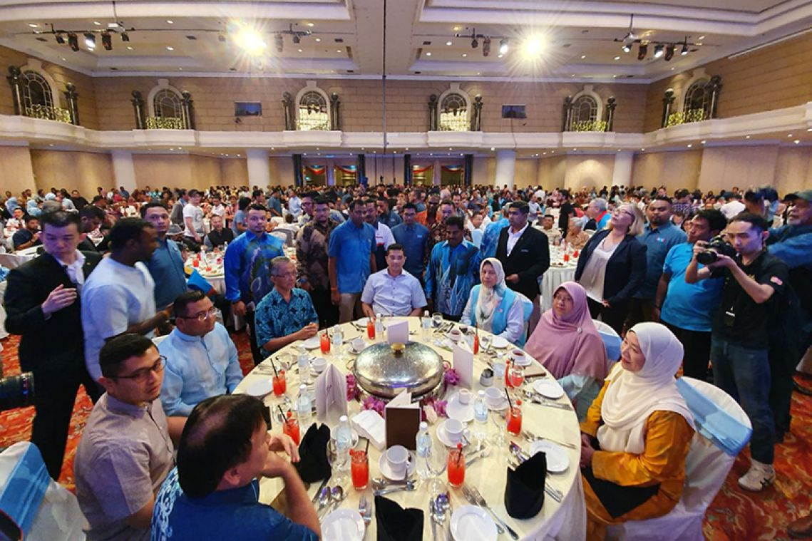 Azmin asserts loyalty in show of strength at his own meeting in Kuala Lumpur