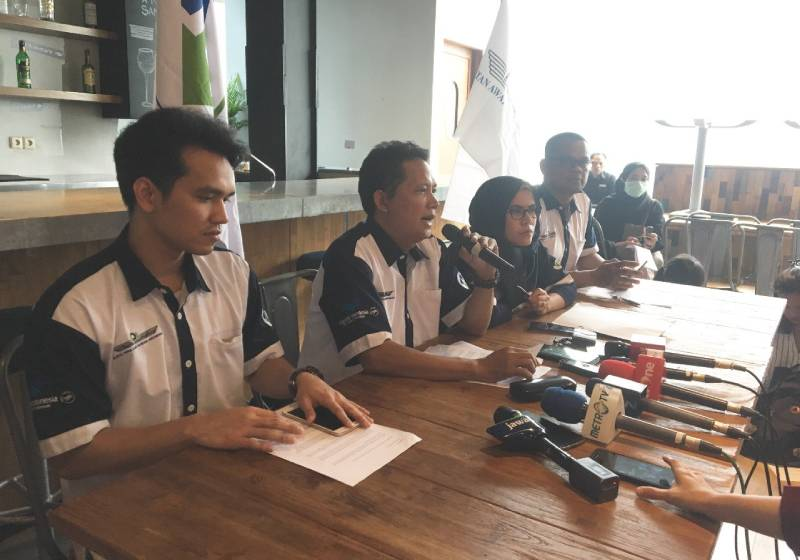 Cabin crew union 'thankful' for firing of Garuda boss