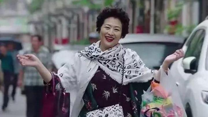 中国蛀虫在美国引众怒:北京三环两套房,却跑到洛杉矶吃低保!