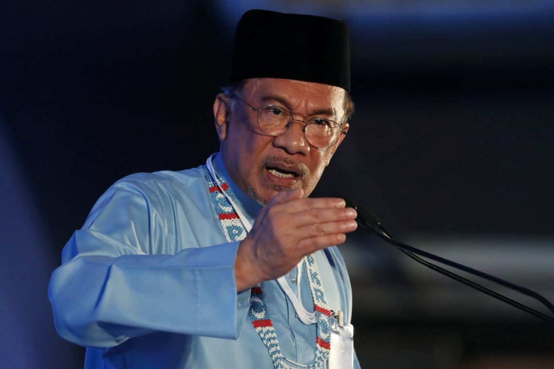 Malaysian police to question Anwar Ibrahim over sexual assault claim