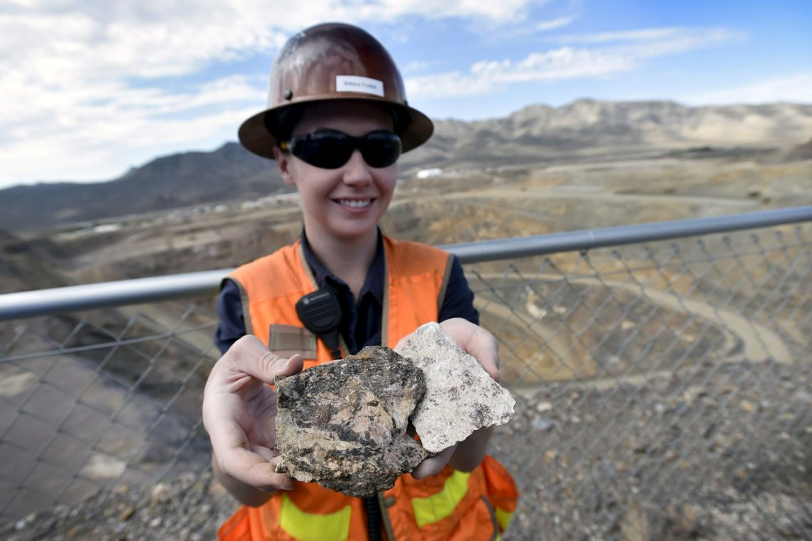 US Army will fund rare earths plant for weapons development