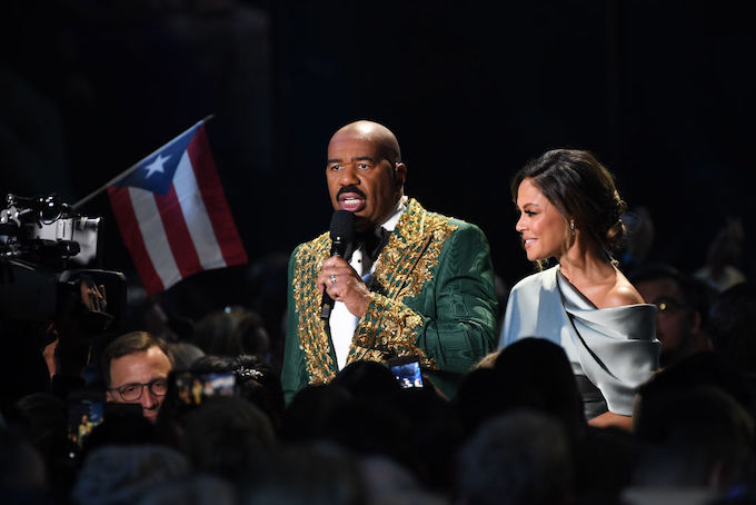Steve Harvey Apparently Made Another Mistake at Miss Universe Pageant (UPDATE)