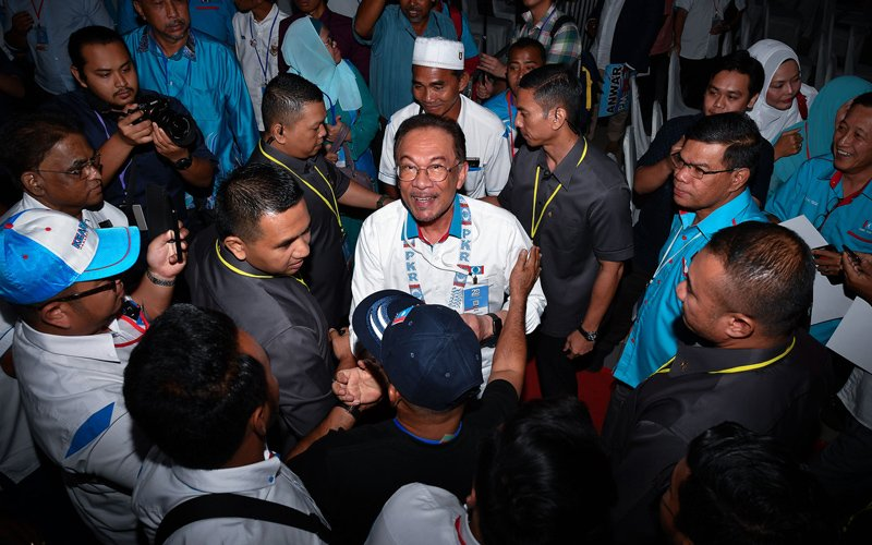 People are fed up with all our bickering in PKR, says Anwar