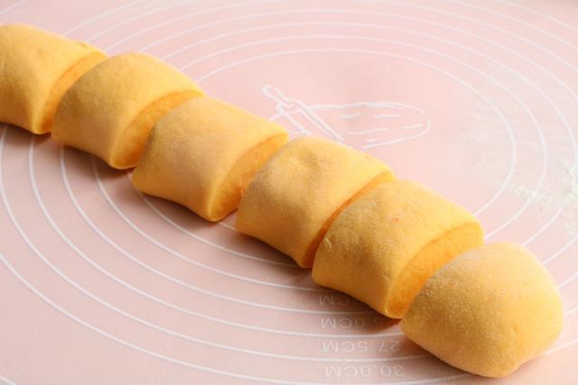 这早餐,隔三差五做一次,两手一卷比面包还好吃,每顿3个不过瘾