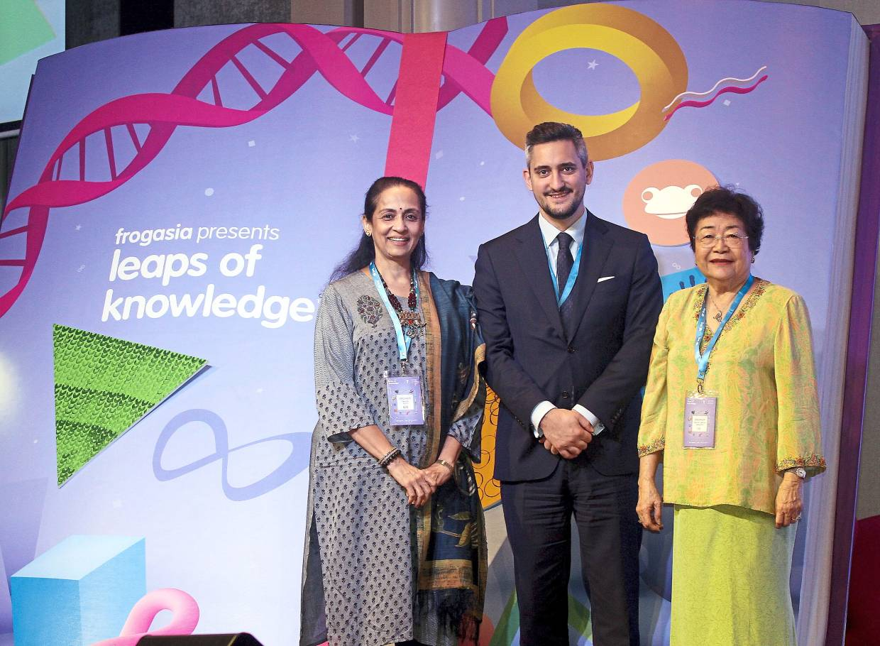Conference uplifts teaching profession