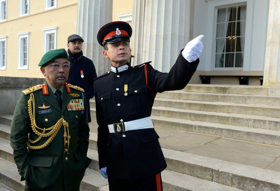King attends son's military graduation