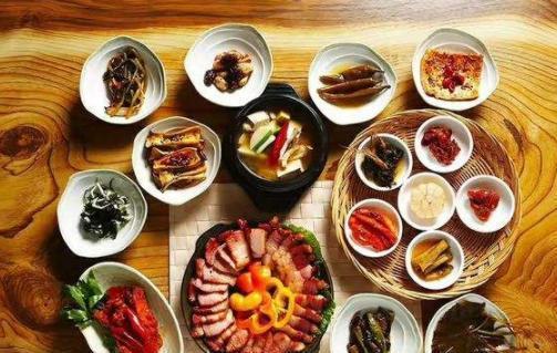 韩国人顿顿吃泡菜,却不爱吃炒菜,不是因为穷,而是这个原因!