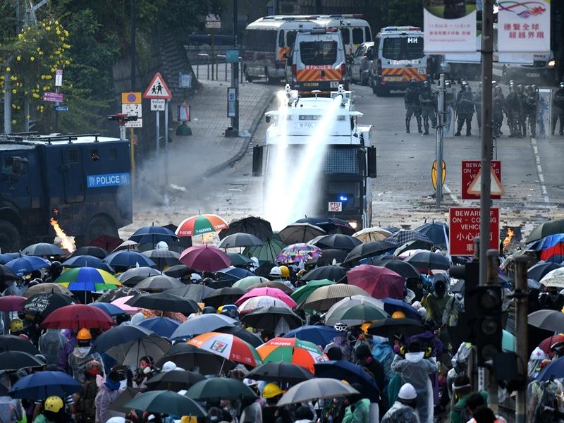 中国年度十大媒体新词 「止暴制乱」「5G」「极限施压」入榜